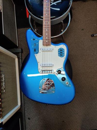 Fender Jaguar Japanese in Blue