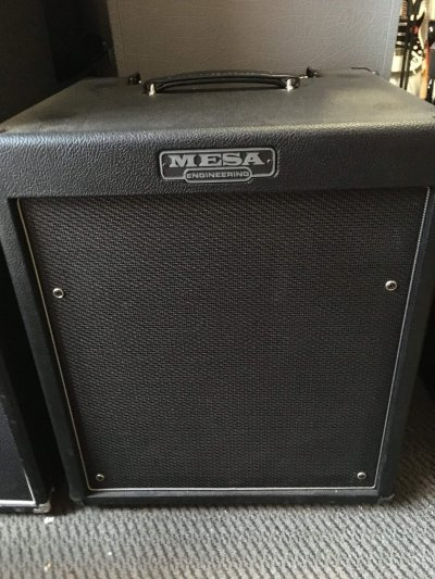 "Pre-Owned Mesa Boogie Walkabout 1x15"" Bass Combo"