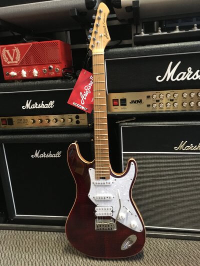 Aria 714 MK11 Electric in Red